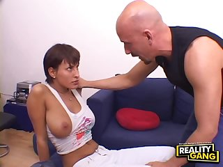 Kurzes Haar interracial porno