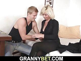 Roxy reynolds stříkat