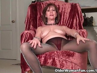 Zralé punčocháče porno fotky