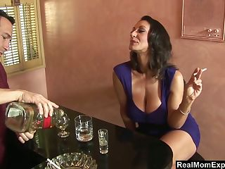 Pounded Betrunken Amateur Mädchen Twisted Russian