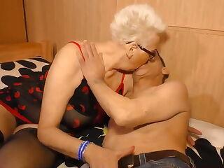 Granny oma tube